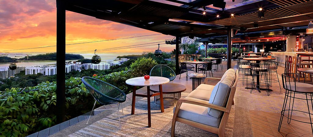 rooftop dining singapore